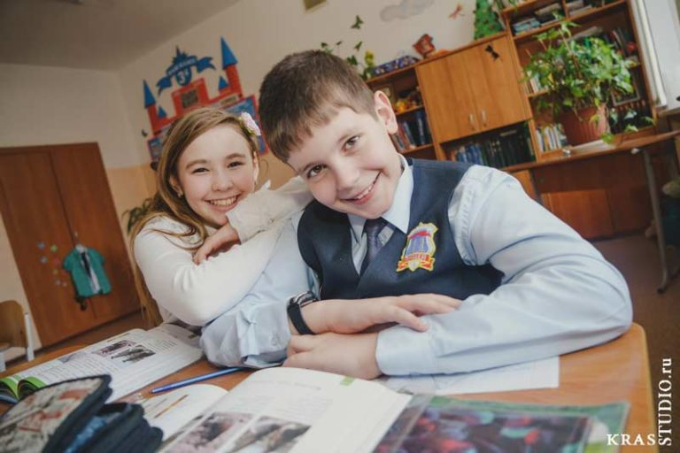 Детский фотограф в школе Красноярска